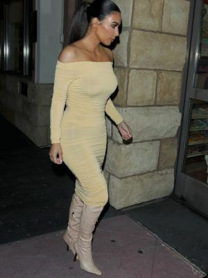Kim Kardashian Booty and Boobs, Out in Los Angeles