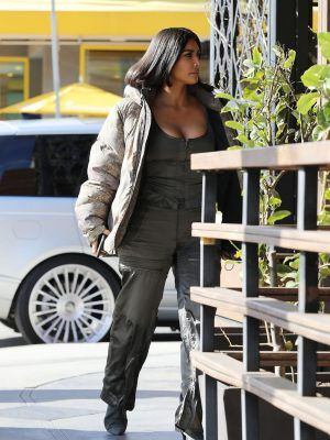 Kim Kardashian Cleavage, Out and About in New York