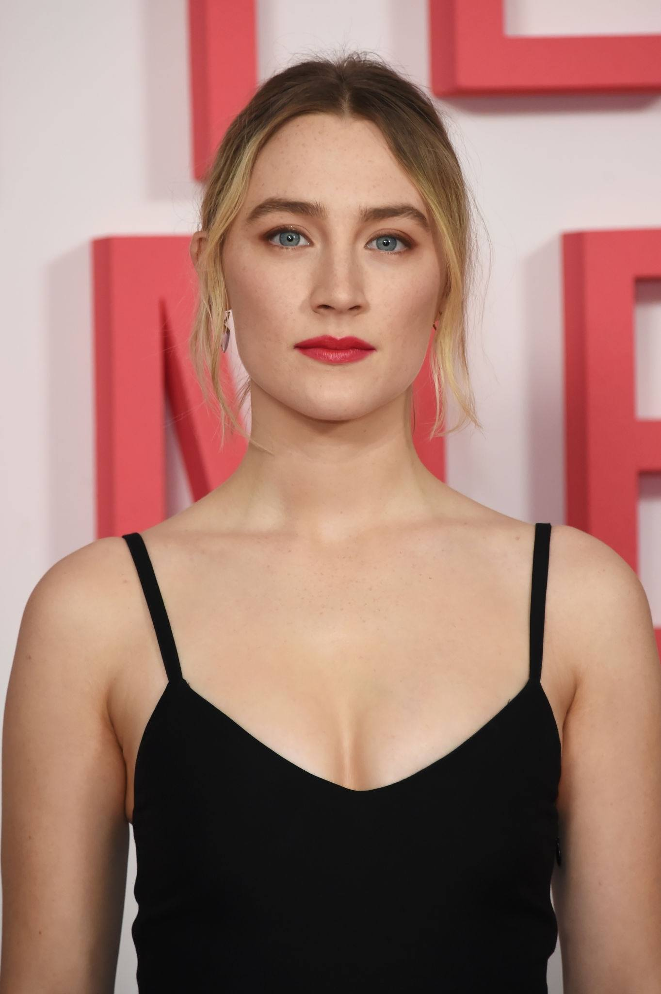 """Saoirse Ronan at """"Little Women"""" Evening Photocall at the Soho Hotel in London"""