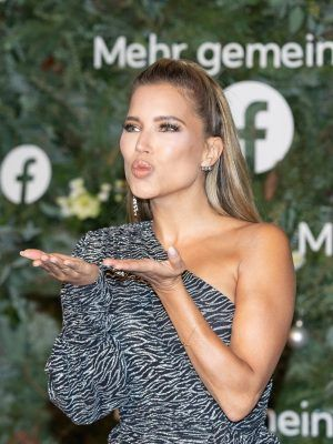 Sylvie Meis at Facebook Christmas Concert in Hamburg