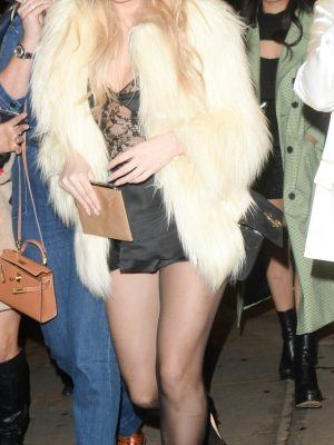 Lottie Moss Leggy, Leaving Bluebird Restaurant in London