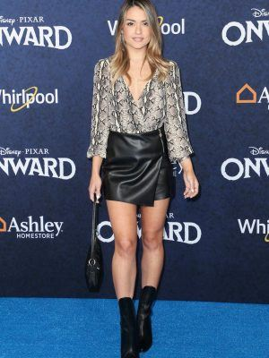 "Vale Genta Leggy in Skirt at ""Onward"" Premiere in Hollywood"