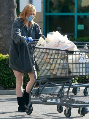 Ariel Winter Outside Gelson's wearing Mask in Los Angeles