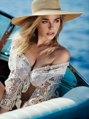 Elizabeth Turner in Maxim Magazine Photoshoot - September 2016