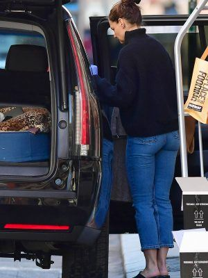 Katie Holmes Booty in Jeans Leaving her Home in NYC