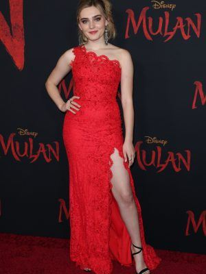 Meg Donnelly at the Premiere of Mulan in LA