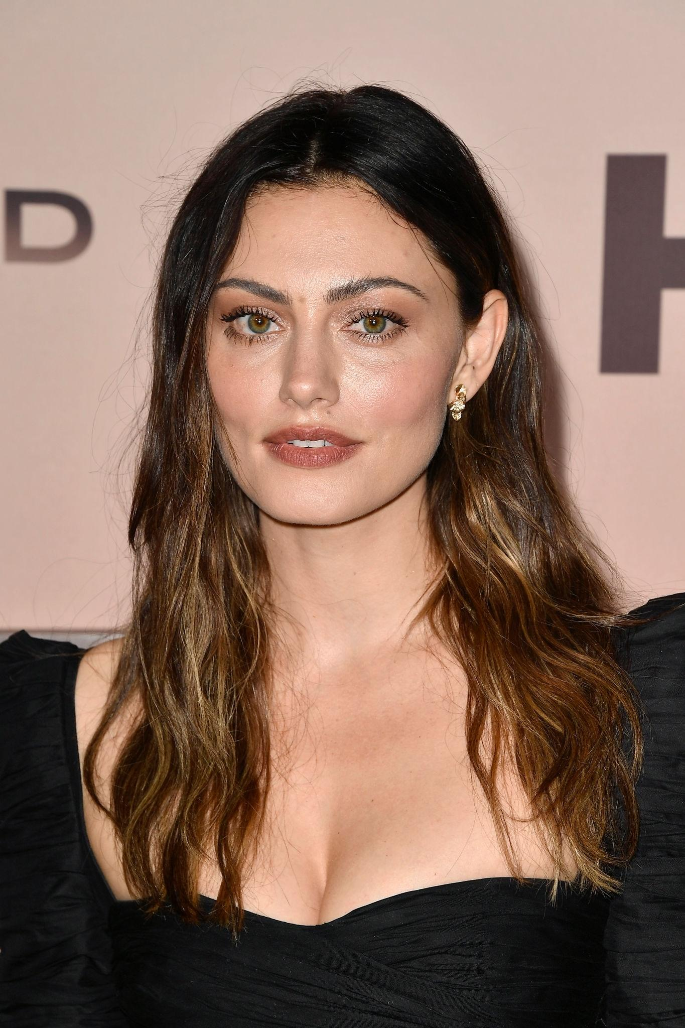 Phoebe-Tonkin-at-Westworld-Season-3-Premiere-in-Hollywood-1