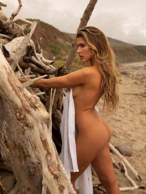 Kara Del Toro Ass in Photoshoot by Megan Batson