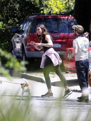 Mandy Moore and Taylor Goldsmith Goes for a Stroll