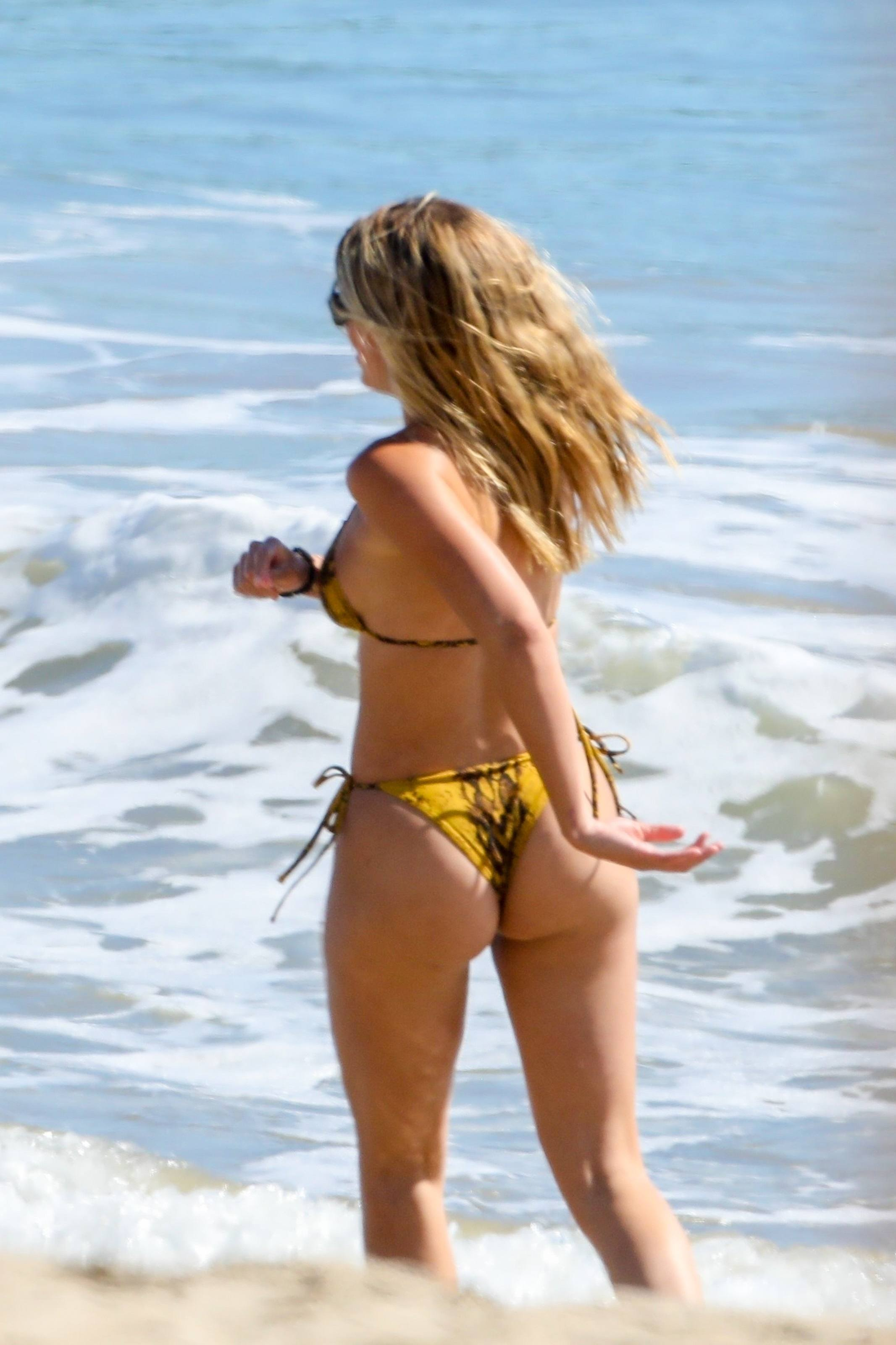 Sofia Richie Ass in Bikini on a Beach in Malibu