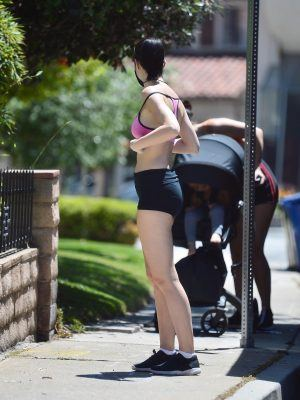 Jayde Nicole in Tight Shorts Enjoy a Hike in the Hollywood Hills