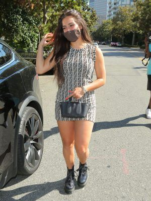 Addison Rae Leggy, Out for Lunch in Los Angeles
