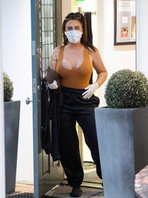 Lauren Goodger Pokies Outside a Dental Clinic in Chigwell