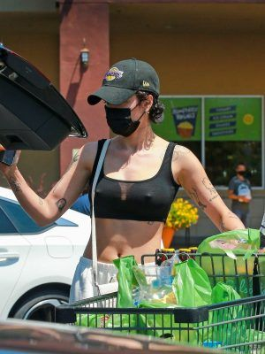 Halsey Pokies, by the Grocery Store in LA