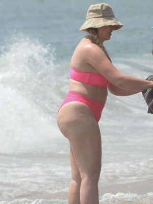 Iskra Lawrence at the Beach in a Hot Pink Bikini in LA