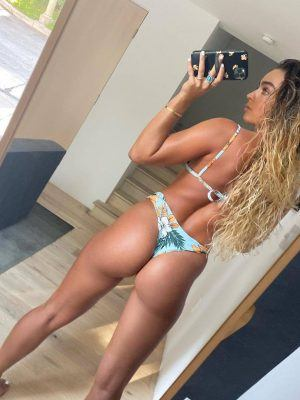 Sommer Ray Ass in Thong Bikini