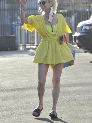 Anne Heche Leggy at the Dancing with the Stars Rehearsal Studios in Hollywood