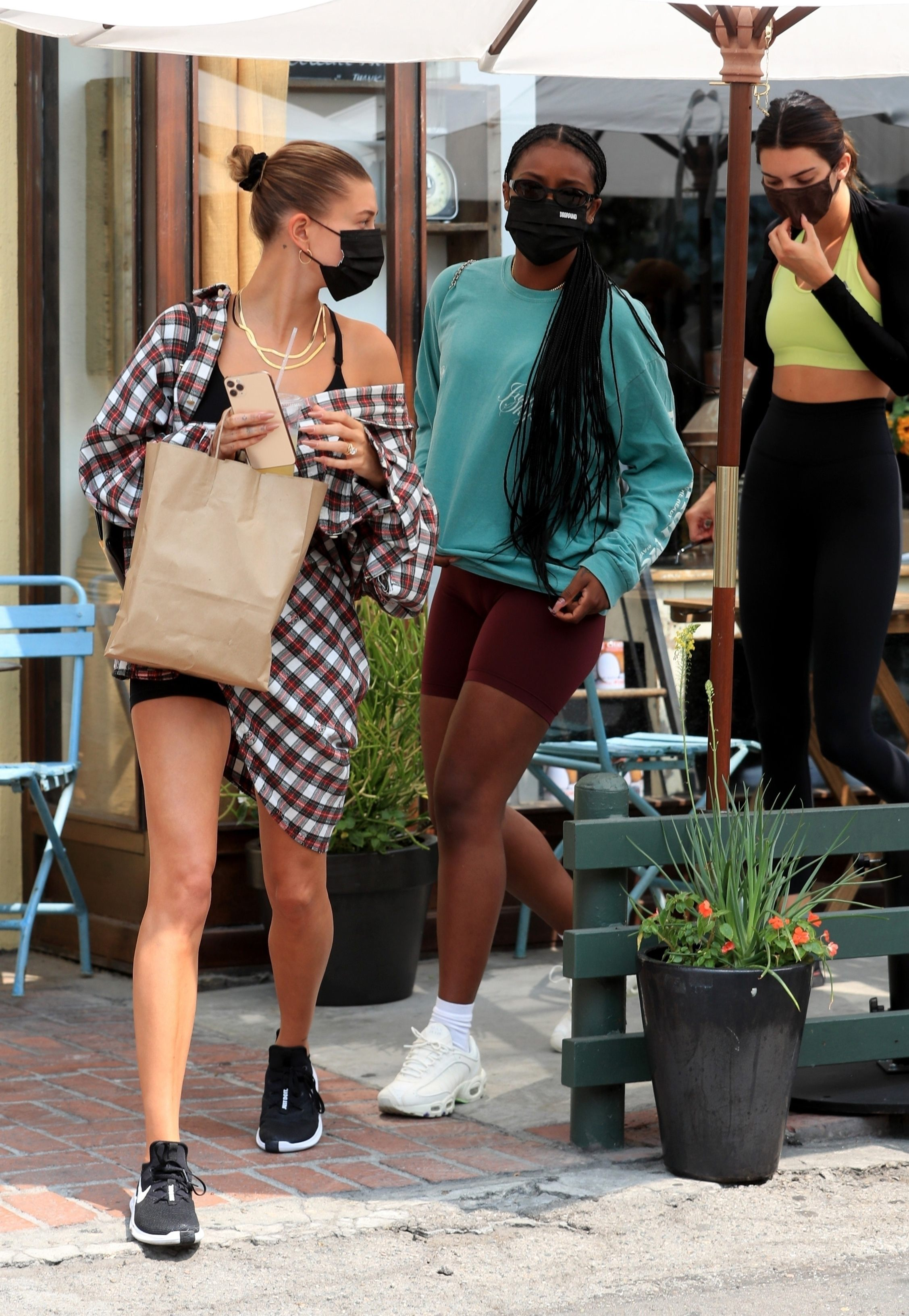 Kendall Jenner and Hailey Baldwin Out for Lunch in West Hollywood