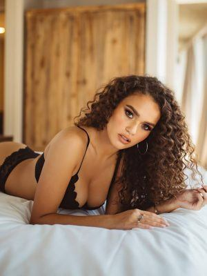 Madison Pettis Booty in Black Lingerie Photoshoot