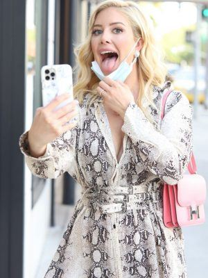 Heidi Montag Leggy, Shopping at LePerla on Rodeo Drive in Beverly Hills